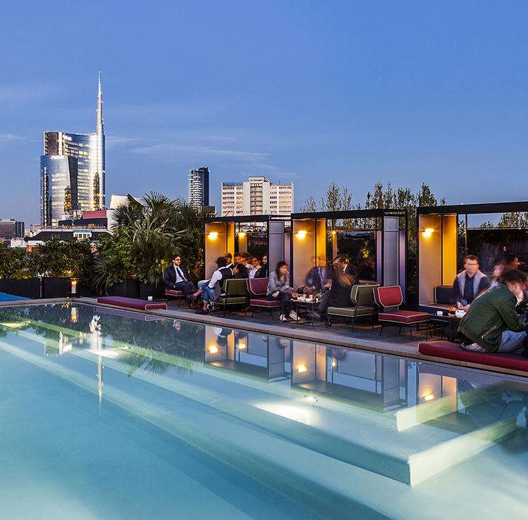Ceresio 7, Pools & Restaurant
